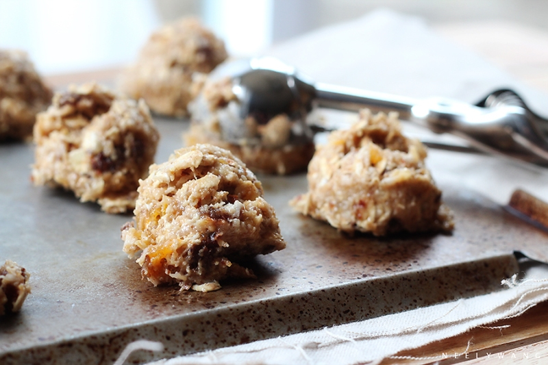 recipe for diary-free sugar-free banana oatmeal cookies