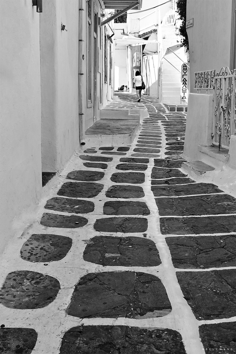 white stone in mykonos