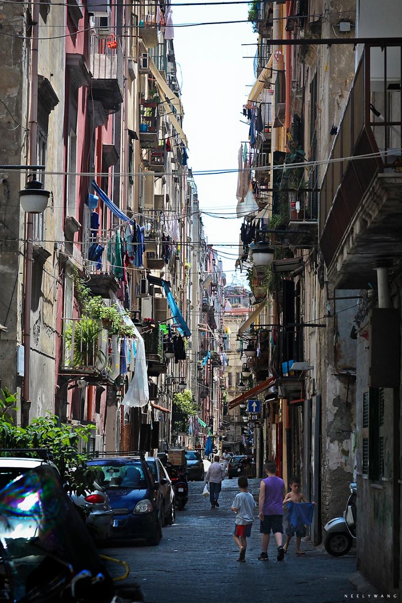 Alleys in Naples